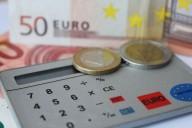 Calculadora e dinheiro