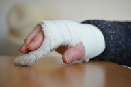 Mão com ligaduras