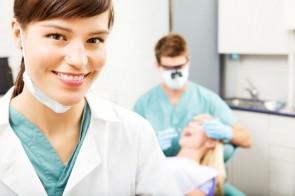 Assistente Dentária