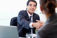 Entrevista de emprego saudação