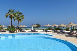 Hotel com piscina