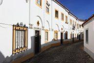 Rua em Évora